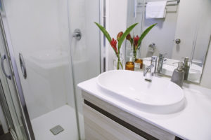 Monsoon Cabin - Bathroom